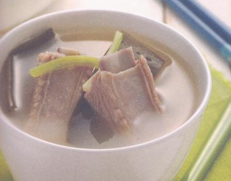 海带排骨鲜汤(立春养生)