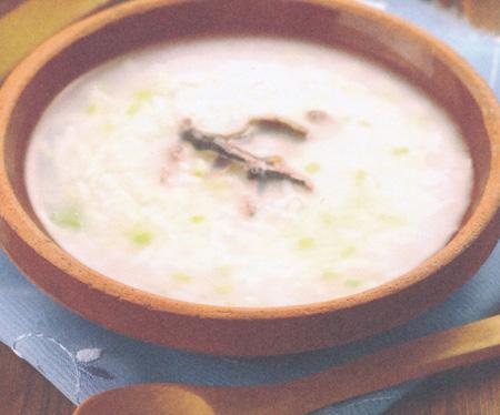 葱香鳝鱼粥(小满养生)