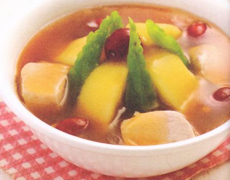 苹果苦瓜肉汤(大暑养生药膳)