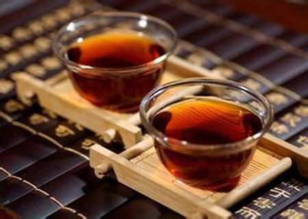 秋冬交替喝红茶有哪些好处