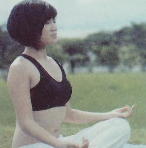 练习瑜伽,赶走浮躁、净化心灵