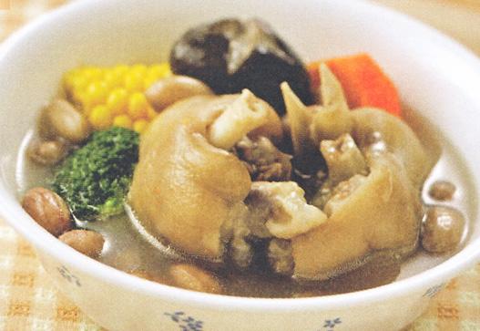 月经后期丰胸汤--花生炖猪蹄