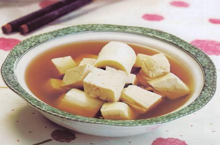 排毒美颜:豆腐豆豉汤
