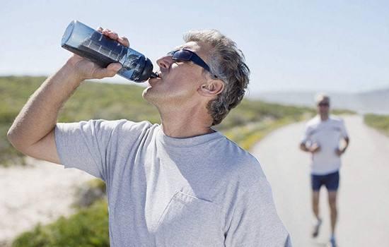 运动养生缓解男人的压力