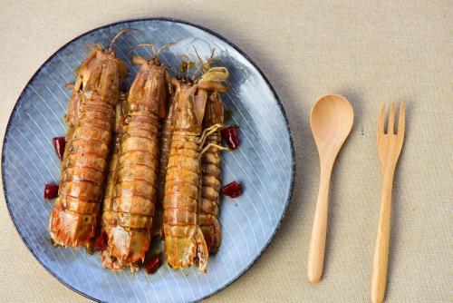 虾蛄(皮皮虾)