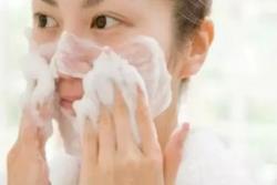 睡前护肤心得 6个实用美容护肤小妙招