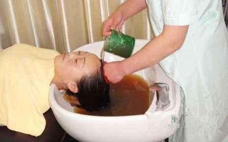 茶水洗头可以控油?如何利用茶水洗头?