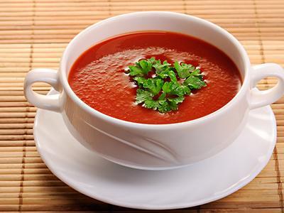 夏季养生吃什么菜? 番茄茭瓜汤补心又解暑