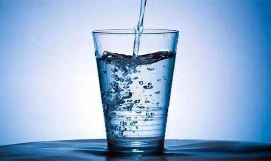 夏季要科学饮水