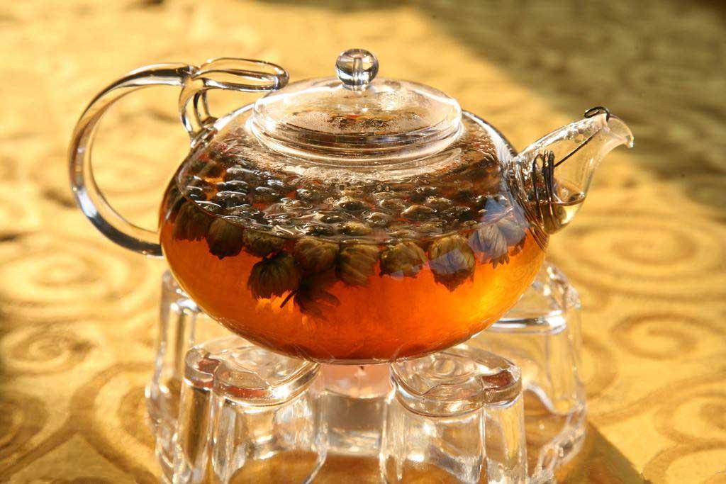 天气炎热怎么排毒 推荐常喝这几种茶
