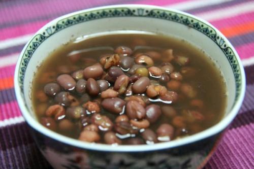 既减肥又养颜的红豆汤