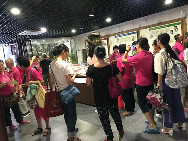 人民街工疗站的广府本草博物馆参观学习之旅
