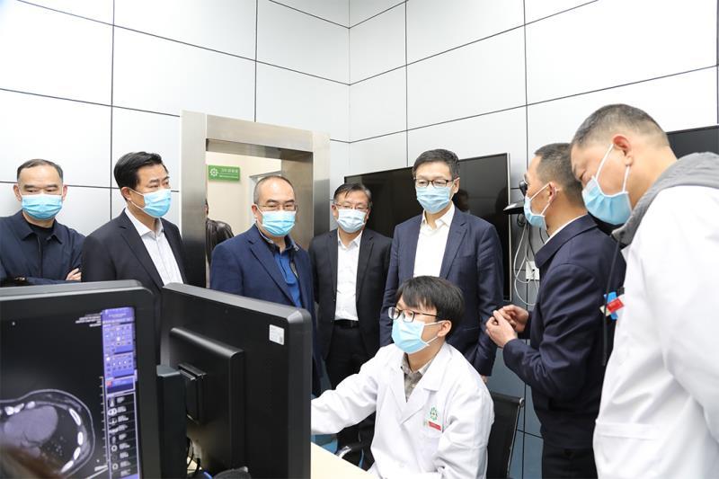 孙达出席武汉第三届世界大健康博览会并调研